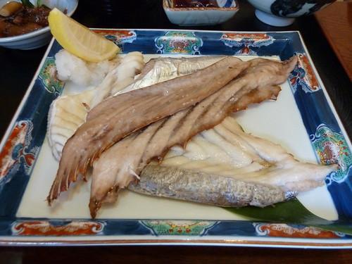 刺身、焼きはらす定食