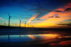 [Free Images] Architecture, Windmill, Sunrise / Sunset, Wind Power, Power Plants, Landscape - Taiwan ID:201208300000