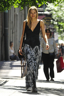 Jessica Hart Converse Celebrity Style Women's Fashion