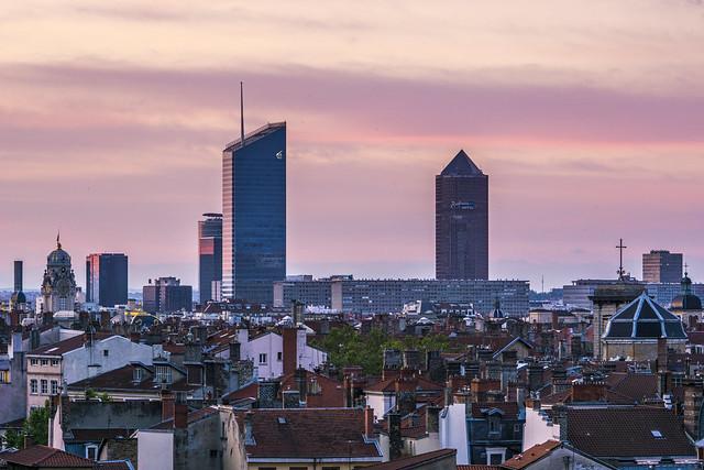 Lyon, sunrise on the Skyline