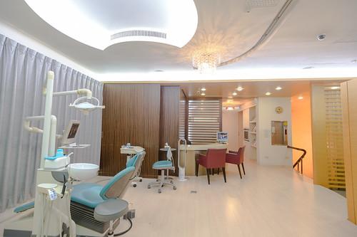 【台南東區牙醫推薦】我們全家人的御用牙醫-佳美牙醫診所_看診區 (7)