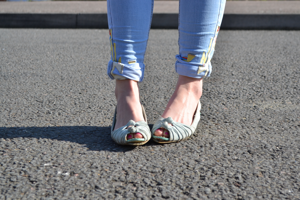 daisybutter - UK Fashion and Style Blog: ways to wear, missguided, tribal embroidered jeans, 50's inspired, SS12, mint green