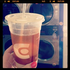 At the laundromat with my Jimmy Carter smoothie #lunch #photoadayapril