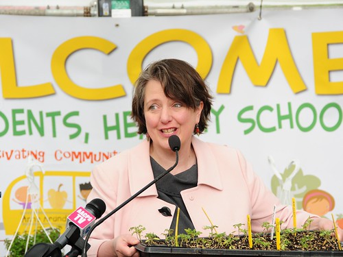"USDA Deputy Secretary Kathleen Merrigan discovers ""Abe Lincoln tomatoes"" during her visit to Southern High School in Anne Arundel county, MD."
