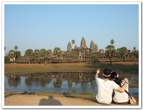 Angkor Wat-老婆 妳看 七大奇蹟耶.JPG