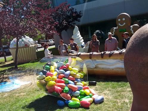 jelly-bean-statue