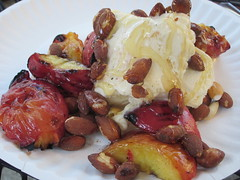 Grilled Peaches with Vanilla Ice Cream and Almonds