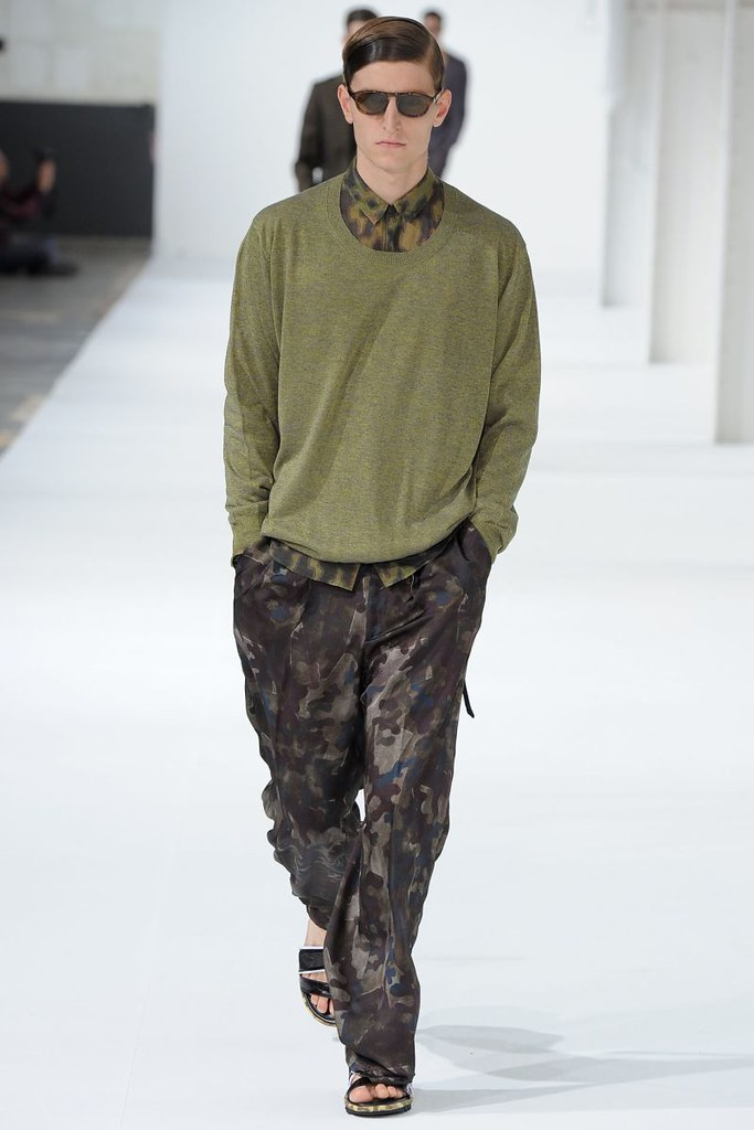 dries-van-noten-spring-summer-2013-039