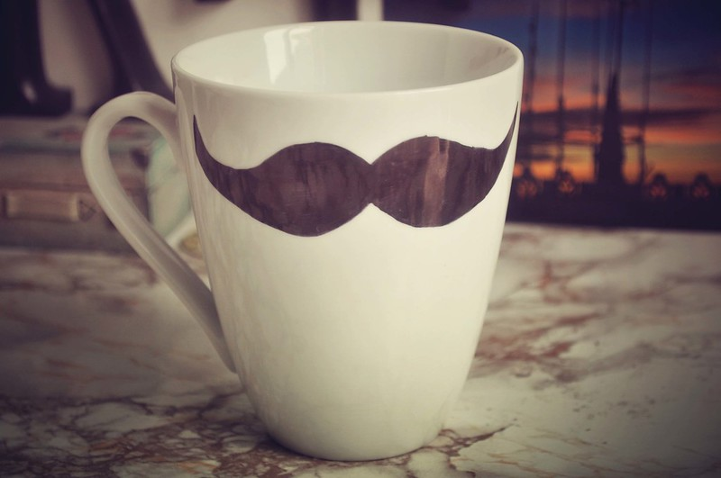 moustache mug diy 2