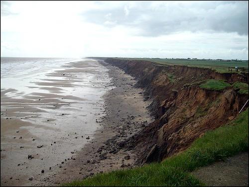 uk yorkshire cliffs erosion beaches eastyorkshire holderness mappleton