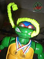 """TURTLE GAMES"" TEENAGE MUTANT NINJA TURTLES :: SUPER-SWIMMIN' RAPH xiv / Sewer Snorkel (( 1992 ))"