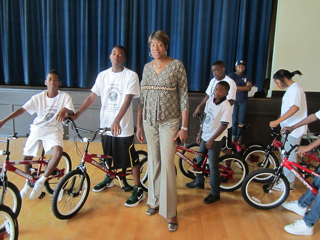 Pat Dowell with bike campers. Photo by John Greenfield
