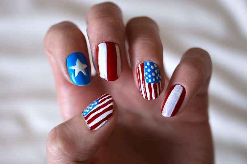 Stars & Stripes nail art