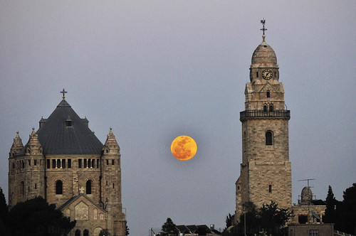 moon church abbey easter israel glow mt jerusalem scenic middleeast fullmoon mount moonrise glowing zion rise dormition boazimages