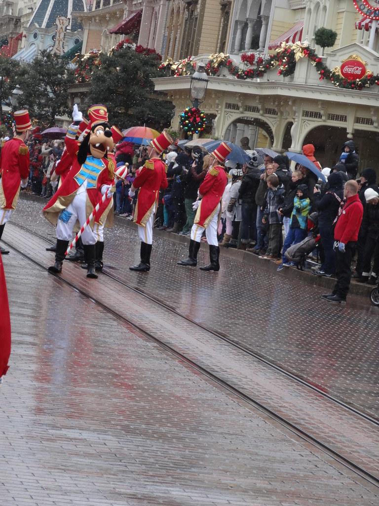 Un séjour pour la Noël à Disneyland et au Royaume d'Arendelle.... - Page 6 13900109194_7448125463_b