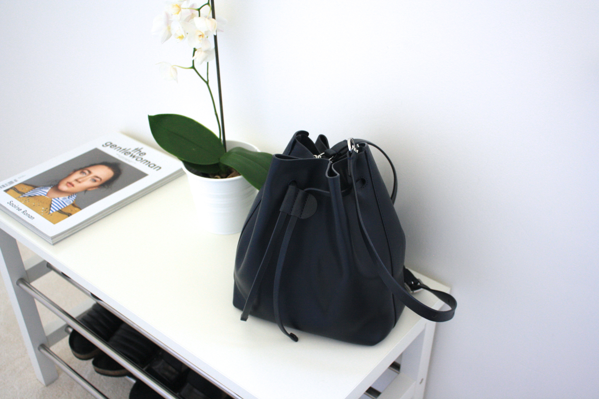 whistles everett bucket bag