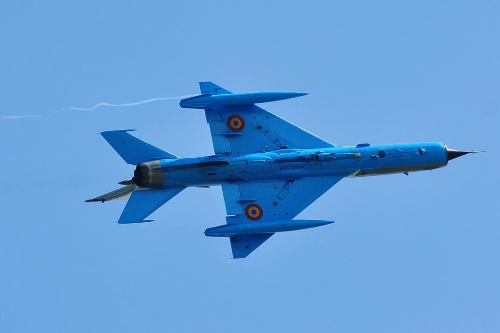 Cluj Napoca Airshow - 5 mai 2012 - Poze 6999890220_6ccbb8f1eb_o