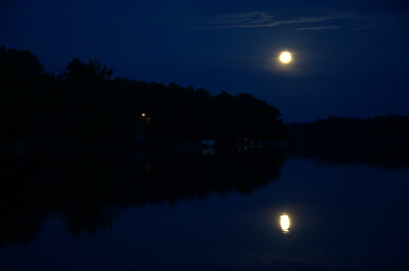 Supermoon at Lake Mohawk 02