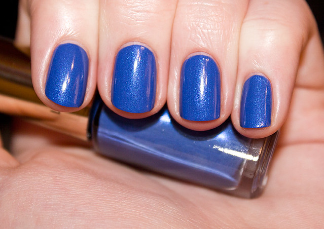 Loreal – Rebel blue (610)