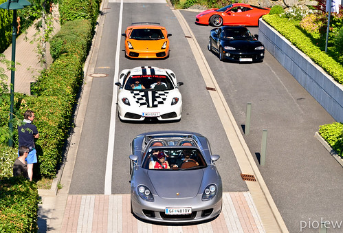 Feel free to select your favorite - Porsche Carrera GT, Ferrari 430 Scuderia, Lamborghini Gallardo Superleggera, Dodge Viper & Ferrari 458 Italia