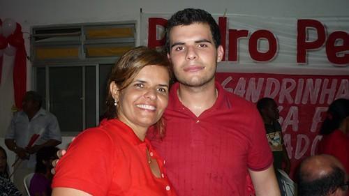 Ana Elvira Alho com o filho Angelo Teixeira