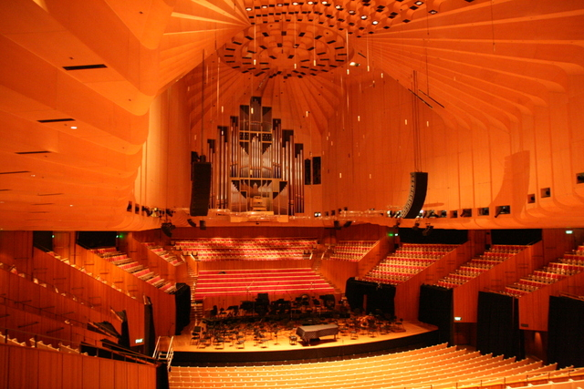 The grand organ inside Sydney Opera House