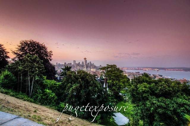 Wide view of downtown Seattle skyline from Kerry Park
