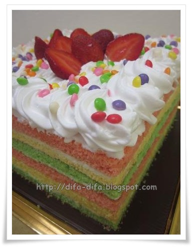 Simpel Rainbow Cake by DiFa Cakes
