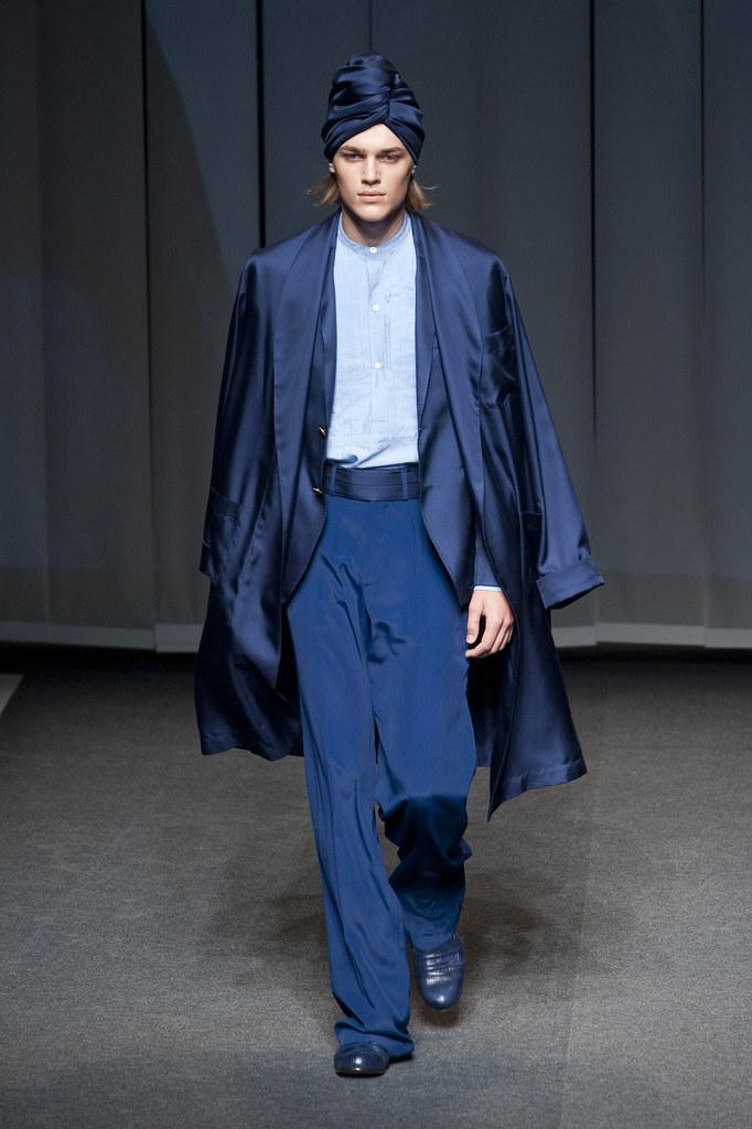 Ton Heukels3028_SS13 Milan Etro(fashionising.com)
