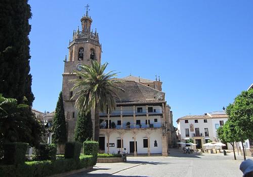 サンタ・マリア・ラ・マヨール教会外観 2012年6月5日 by Poran111