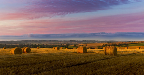 Morning breaks in the Welland Valley