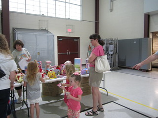 SummerReadingClubParty8-22-12 013