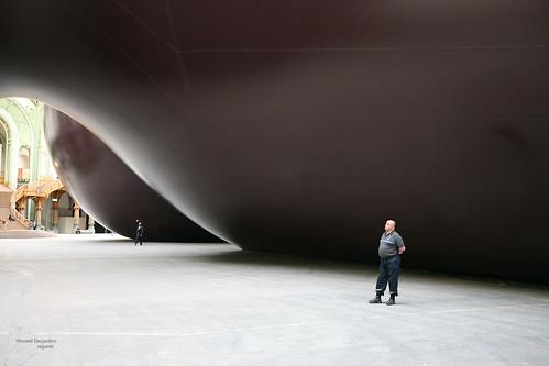 "Paris, Grand Palais, Monumenta 2011, Anish Kapoor : "" Léviathan """