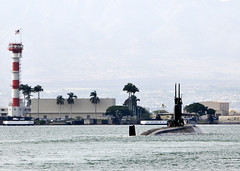 Los Angeles-class fast attack submarine USS Jacksonville (SSN 699) departs Joint Base Pearl Harbor-Hickam Nov. 5 for a regularly scheduled six-month deployment to the Western Pacific region. (U.S. Navy photo by Mass Communication Specialist 2nd Class Steven Khor)
