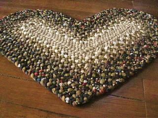 Chocolate Floral Braided Heart Rug