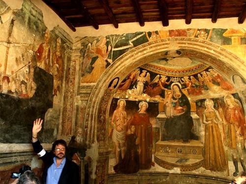La guida spiega gli affreschi
