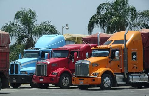 travel blue red orange truck mexico travelogue kenworth tuxpan