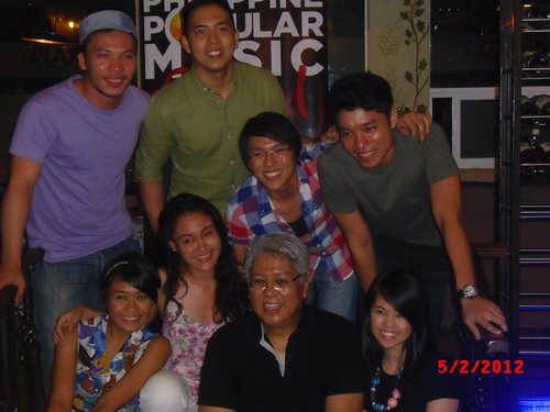 Maestro Ryan Cayabyab and His Singers at PhilPOP Bloggers Night Event