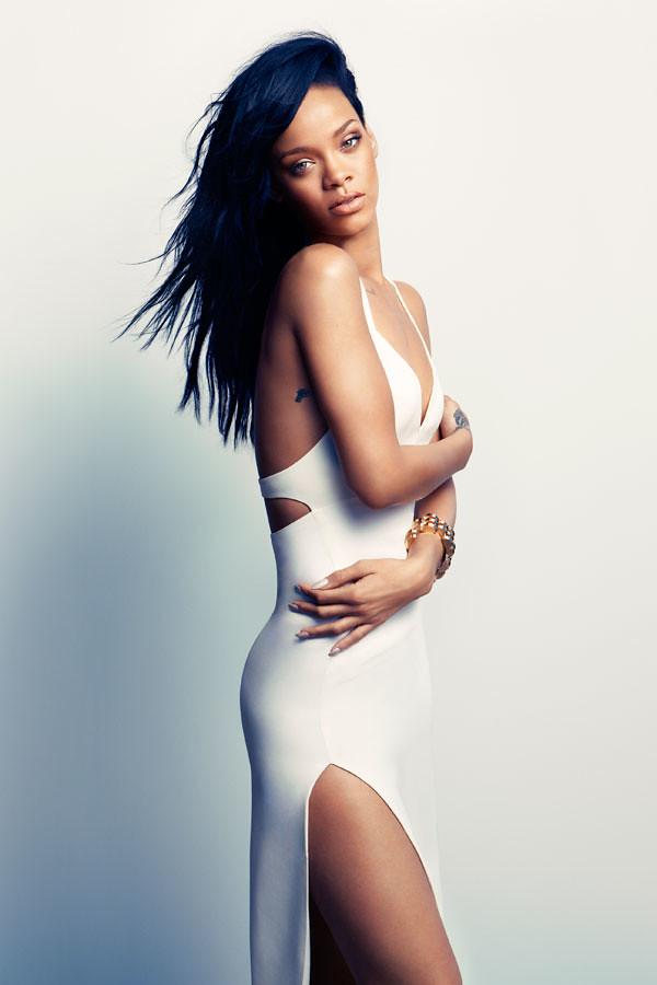 Rihanna-Harpers-Bazaar-August-2012