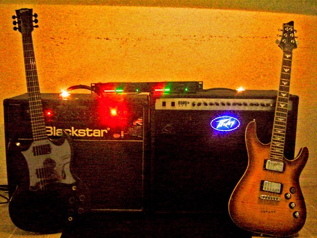 Photo:Gibson Guitars  7 and Schecter Guitar By Larry Ziffle