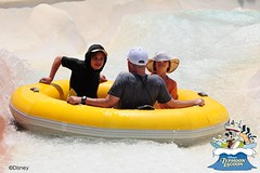 extreme sport(0.0), rafting(0.0), tubing(1.0), sports(1.0), recreation(1.0), outdoor recreation(1.0), leisure(1.0), inflatable boat(1.0), inflatable(1.0),