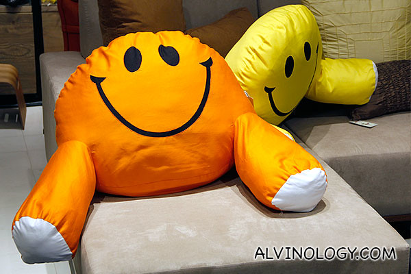 Hugging bean pillows