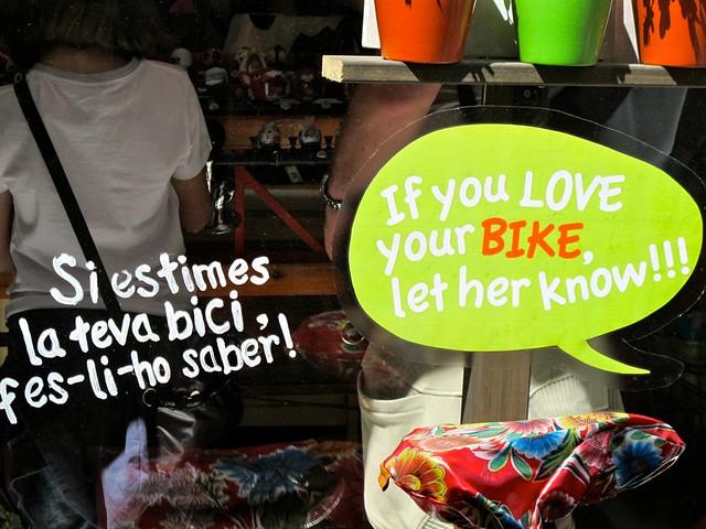 Barcelona Cycle Chic Ramonas Barcelona