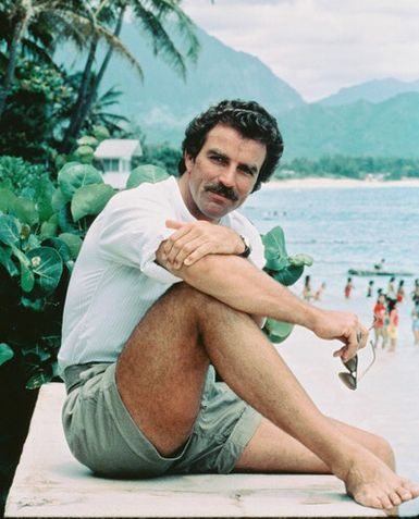 tom-selleck-magnum-pi-short shorts