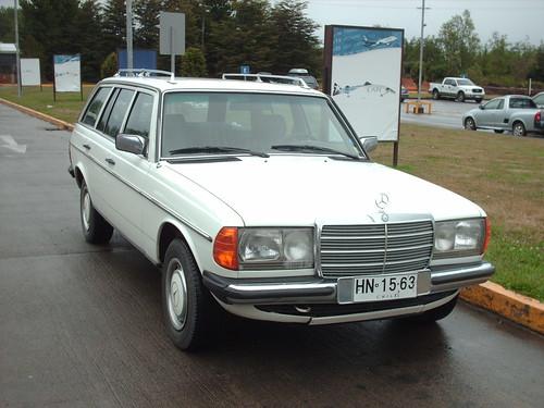 Mercedes-Benz 230 TE El Tepual (1)