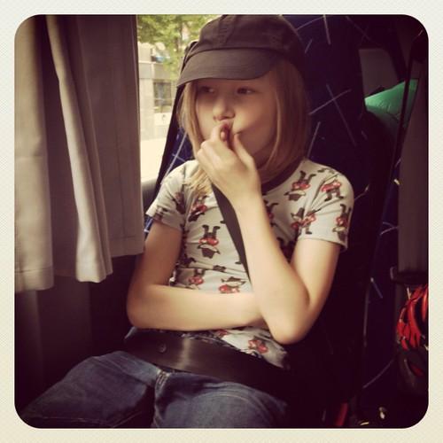 På väg ut till Öregrund med bussen