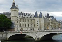 2012.07/12 PARIS DIVERS