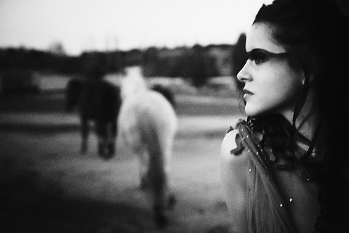"Editorial ""Wild Horses"" en Inside Gallery Magazine"
