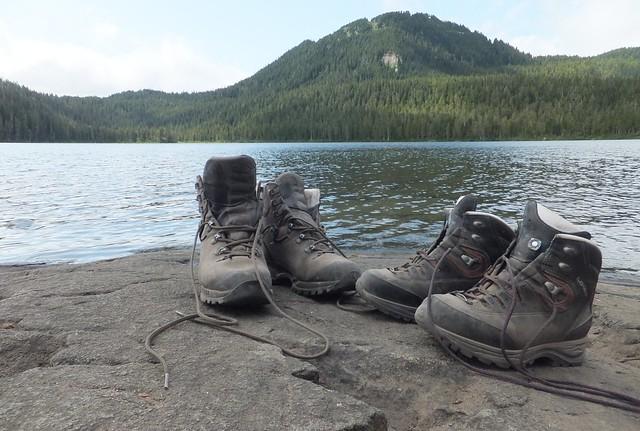 bij Lake Helen Mackenzie