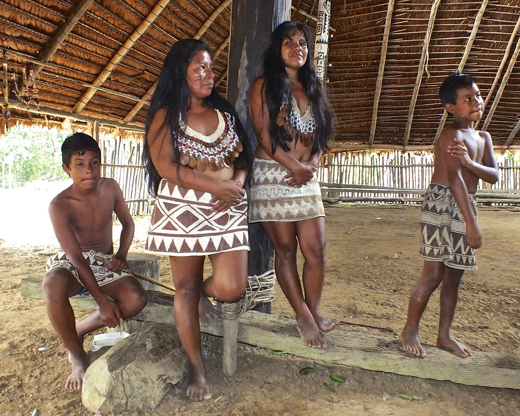 Tribu Bora - Iquitos Perú - 2012